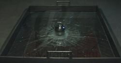 Test des billes d'acier pour évaluer la résistance au vandalisme des films de sûreté et sécurité pour vitrages